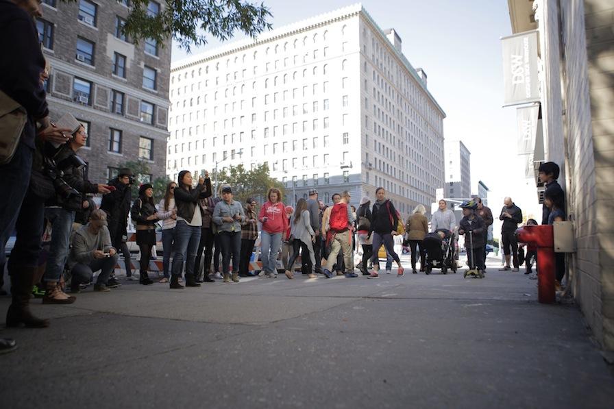 banksy_high_striker_crowd