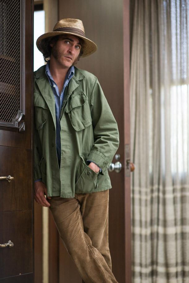 Joaquin Phoenix © Wilson Webb, 2014 WARNER BROS. ENTERTAINMENT INC. AND RATPAC-DUNE ENTERTAINMENT LLC  ALL RIGHTS RESERVED
