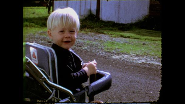 Kurt Cobain all'età di 2 anni