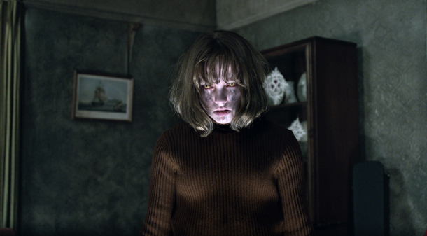 conjuring2_FP-146