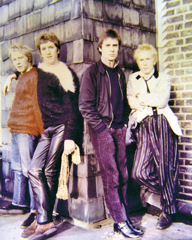Sex Pistols, 1976