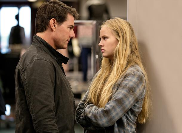 Tom Cruise e Danika Yarosh