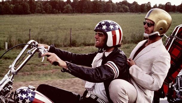 """""""Easy Rider"""" con l'amico Peter Fonda, nel 1969 © Ansa"""
